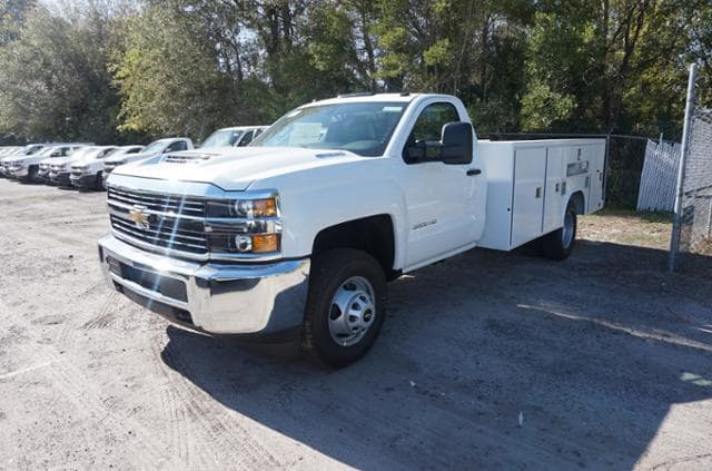 2018 Silverado 3500 Regular Cab DRW 4x4,  Reading Service Body #8C206 - photo 3
