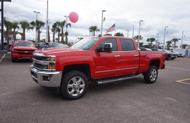 2018 Silverado 2500 Crew Cab 4x4,  Pickup #8C284 - photo 4