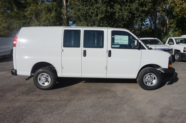 2018 Express 2500 4x2,  Empty Cargo Van #8G80 - photo 6