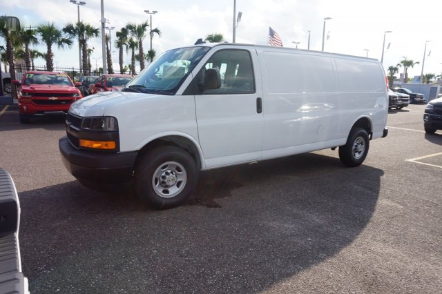 2018 Express 2500 4x2,  Empty Cargo Van #8G81 - photo 4