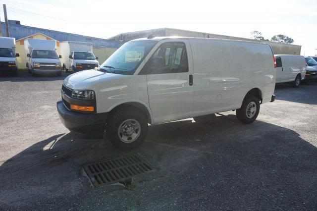 2018 Express 2500 4x2,  Empty Cargo Van #8G82 - photo 4