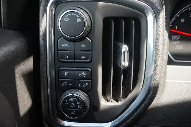 2019 Silverado 1500 Crew Cab 4x4,  Pickup #9C63 - photo 18