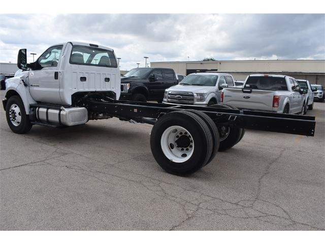 2017 F-650 Regular Cab Cab Chassis #706716 - photo 4
