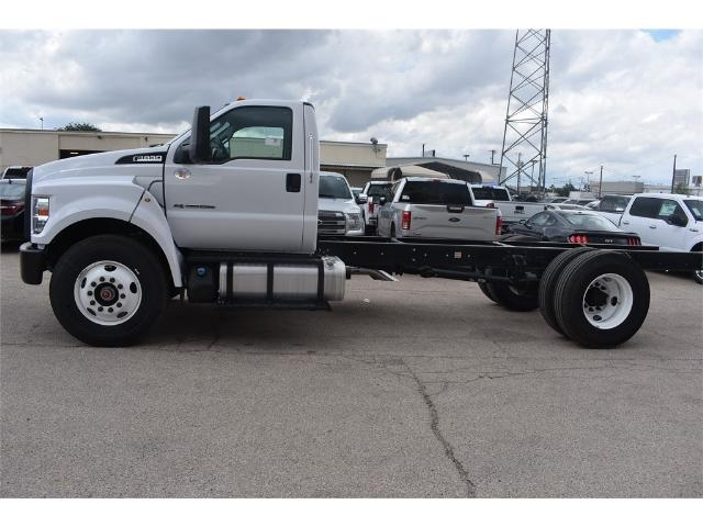 2017 F-650 Regular Cab Cab Chassis #706716 - photo 5