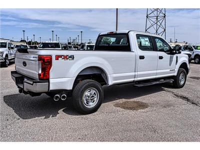 2018 F-350 Crew Cab 4x4, Pickup #807074 - photo 2