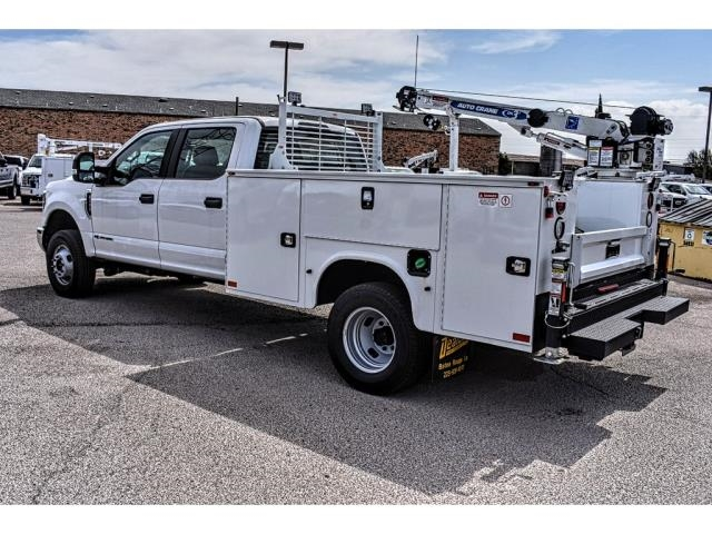 2018 F-350 Crew Cab DRW 4x4, Service Body #813605 - photo 4