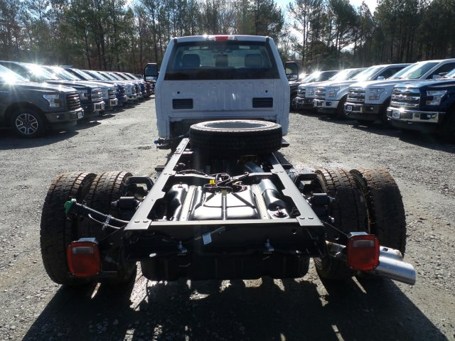 2017 F-550 Regular Cab DRW, Cab Chassis #HEC05655 - photo 2
