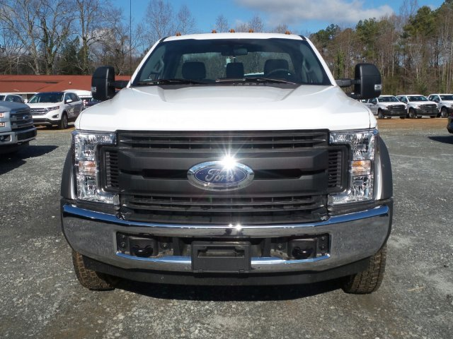 2017 F-550 Regular Cab DRW, Cab Chassis #HEC05655 - photo 8