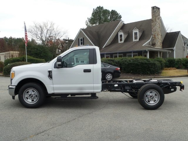 2017 F-350 Regular Cab,  Cab Chassis #HEF05061 - photo 3