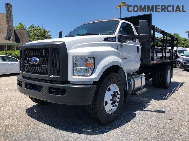2018 F-750 Regular Cab DRW 4x2,  Default HFI Truck Center Stake Bed #JDF04095 - photo 1