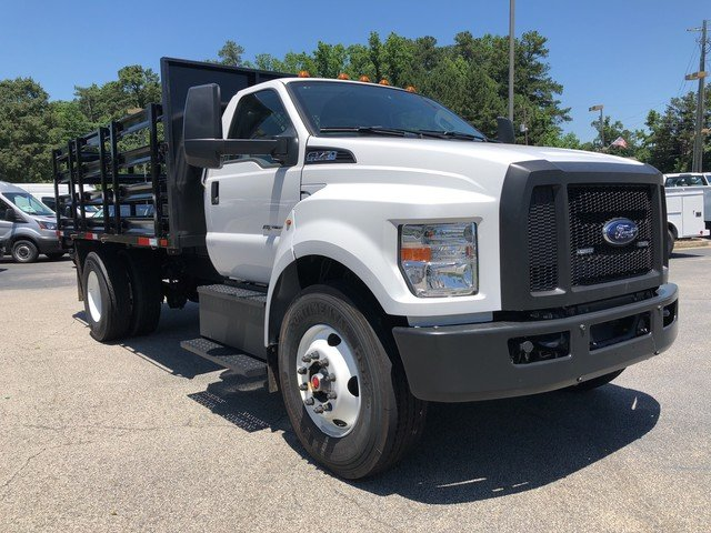 2018 F-750 Regular Cab DRW 4x2,  HFI Truck Center Stake Bed #JDF04095 - photo 10