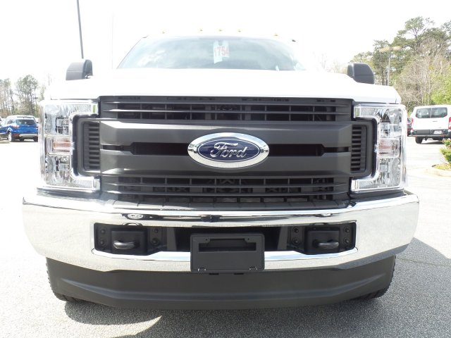 2018 F-350 Crew Cab DRW 4x4, Reading Service Body #JEB98806 - photo 15