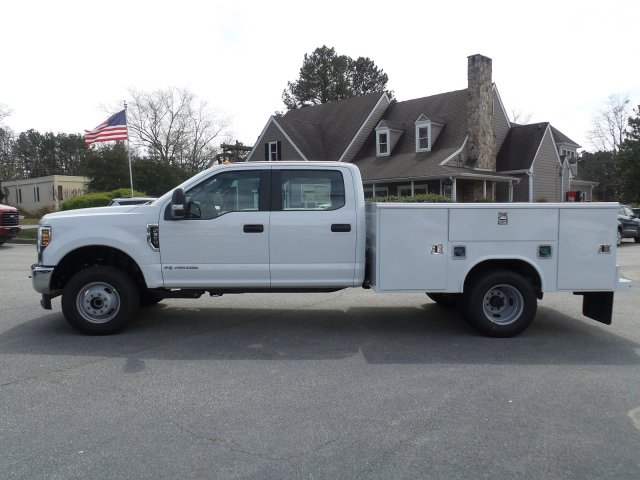 2018 F-350 Crew Cab DRW 4x4, Reading Service Body #JEB98806 - photo 3