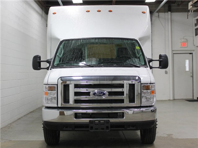 2017 E-450 4x2,  Unicell Aerocell Cutaway Van #172097TZ - photo 3