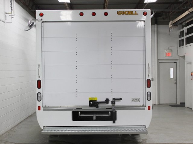 2018 E-350 4x2,  Unicell Cutaway Van #180950TZ - photo 9