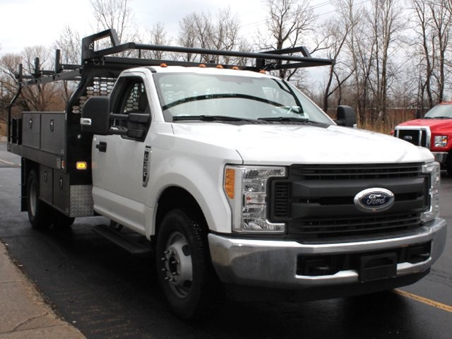 2018 F-350 Regular Cab DRW 4x4,  Knapheide Contractor Body #181307TZ - photo 4