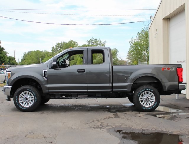 2019 F-250 Super Cab 4x4,  Pickup #190008TZ - photo 5