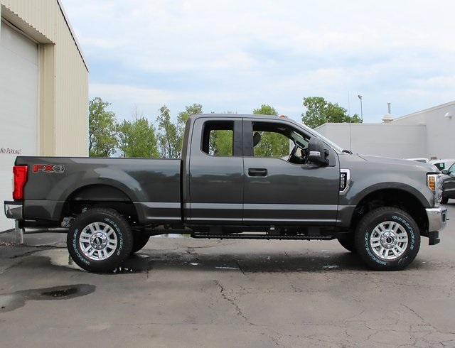 2019 F-250 Super Cab 4x4,  Pickup #190008TZ - photo 8