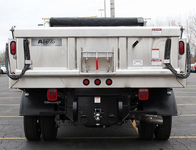 2019 F-550 Regular Cab DRW 4x4,  Air-Flo Dump Body #190152TZ - photo 2