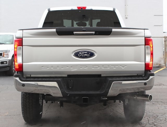 2019 F-250 Super Cab 4x4,  Pickup #190244TZ - photo 2