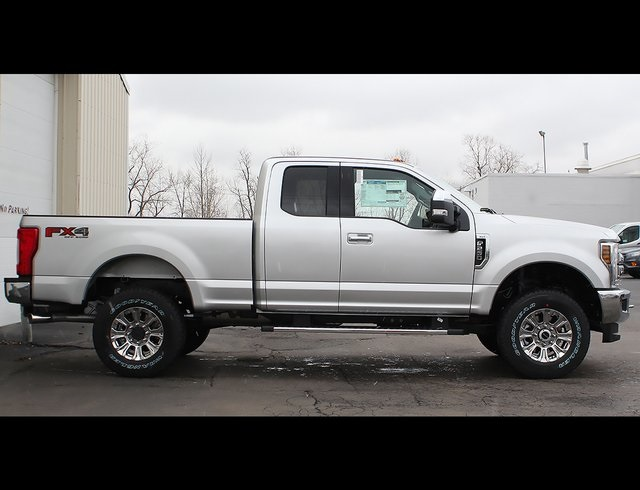 2019 F-250 Super Cab 4x4,  Pickup #190244TZ - photo 8