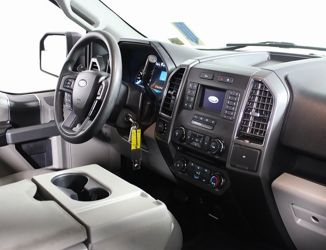 2018 F-150 SuperCrew Cab 4x4,  Pickup #R2655 - photo 9