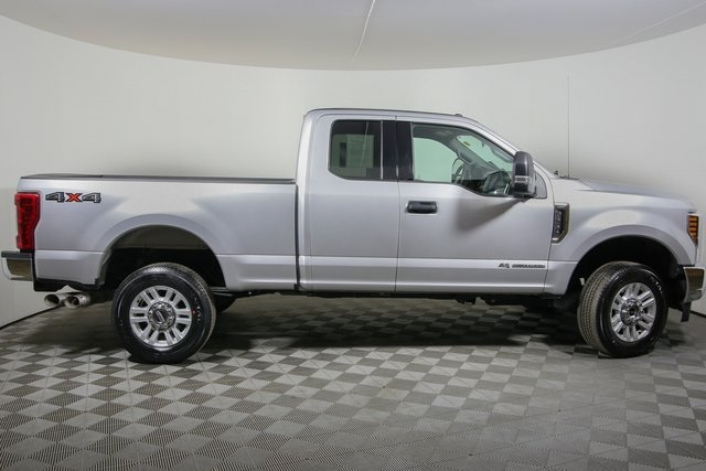 2018 F-250 Super Cab 4x4,  Pickup #R2841 - photo 4