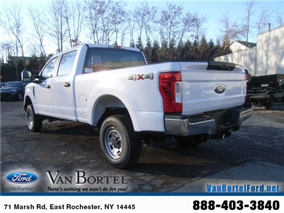 2018 F-250 Crew Cab 4x4, Pickup #51646 - photo 2