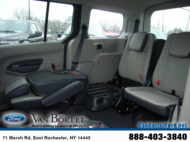 2018 Transit Connect 4x2,  Passenger Wagon #52088 - photo 5