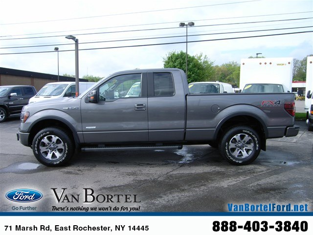 2013 F-150 Super Cab 4x4, Pickup #52235A - photo 3