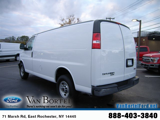 2016 Savana 2500 4x2,  Empty Cargo Van #54087A - photo 2