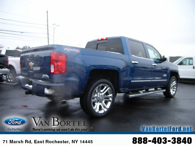 2017 Silverado 1500 Crew Cab 4x4,  Pickup #X8350A - photo 10