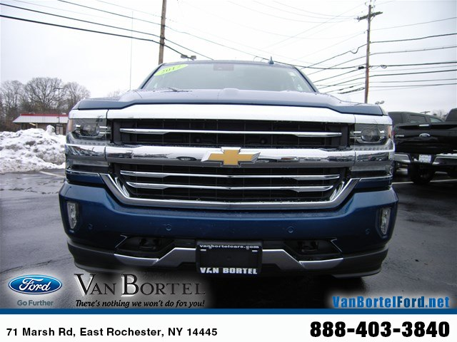 2017 Silverado 1500 Crew Cab 4x4,  Pickup #X8350A - photo 12
