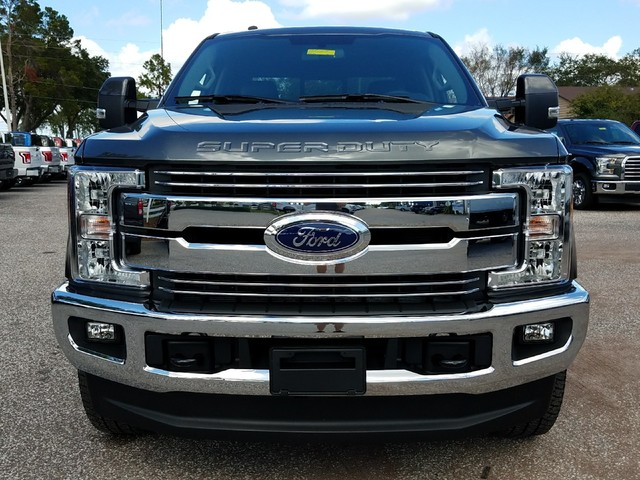 2017 F-250 Crew Cab 4x4 Pickup #17F1317 - photo 3