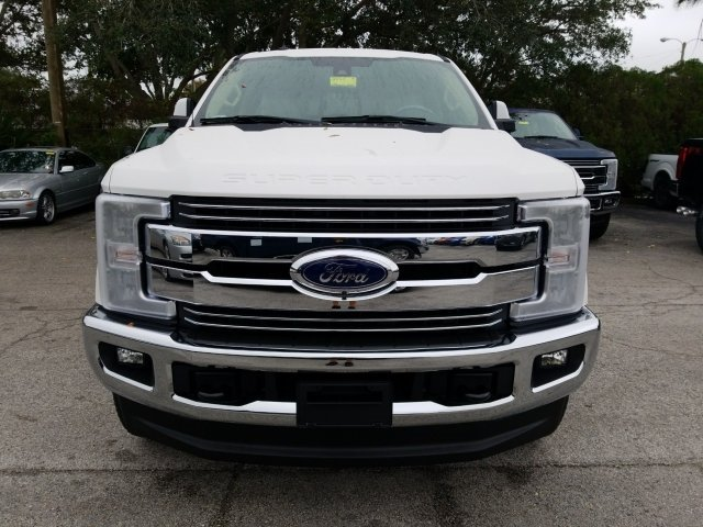 2018 F-250 Crew Cab 4x4, Pickup #18F214 - photo 2
