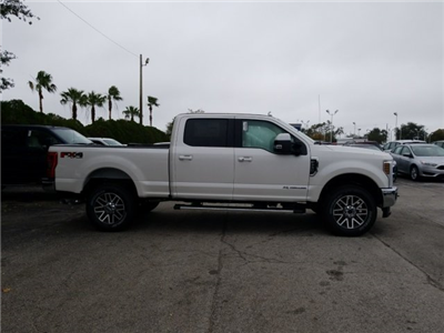 2018 F-250 Crew Cab 4x4, Pickup #18F214 - photo 3