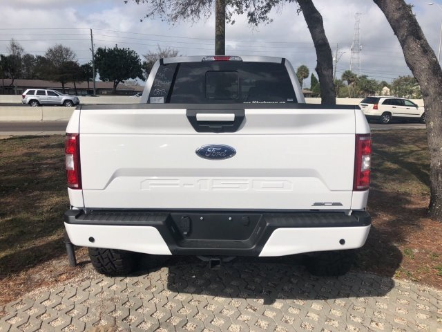 2018 F-150 SuperCrew Cab 4x4, Pickup #18F325 - photo 3