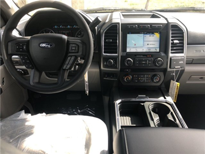 2018 F-250 Crew Cab 4x4, Pickup #18F333 - photo 5