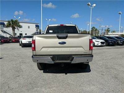 2018 F-150 Crew Cab 4x4, Pickup #18F363 - photo 4