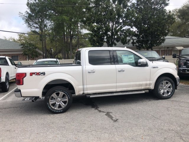 2018 F-150 Crew Cab 4x4, Pickup #18F392 - photo 2