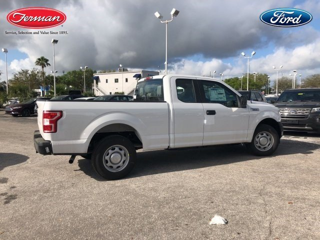 2018 F-150 Super Cab 4x2,  Pickup #18F394 - photo 2