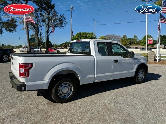 2018 F-150 Super Cab 4x2,  Pickup #18F404 - photo 2
