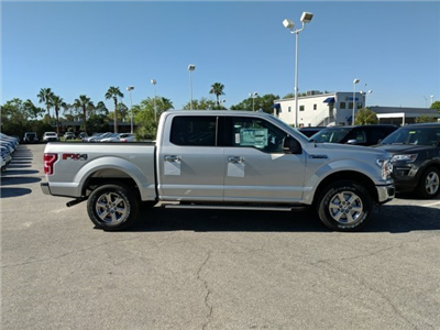 2018 F-150 Crew Cab 4x4, Pickup #18F452 - photo 3