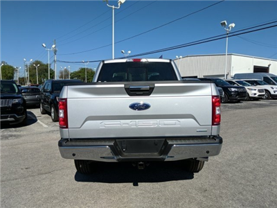 2018 F-150 Crew Cab 4x4, Pickup #18F452 - photo 4