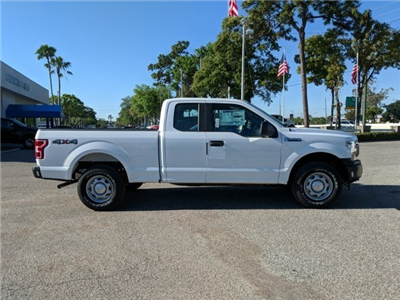 2018 F-150 Super Cab 4x4,  Pickup #18F472 - photo 3
