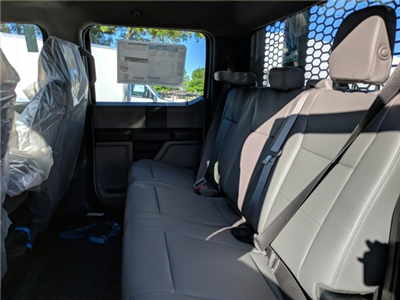 2018 F-550 Crew Cab DRW, Platform Body #18F553 - photo 5