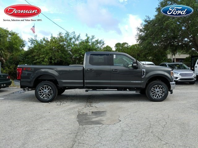 2018 F-350 Crew Cab 4x4,  Pickup #18F753 - photo 4