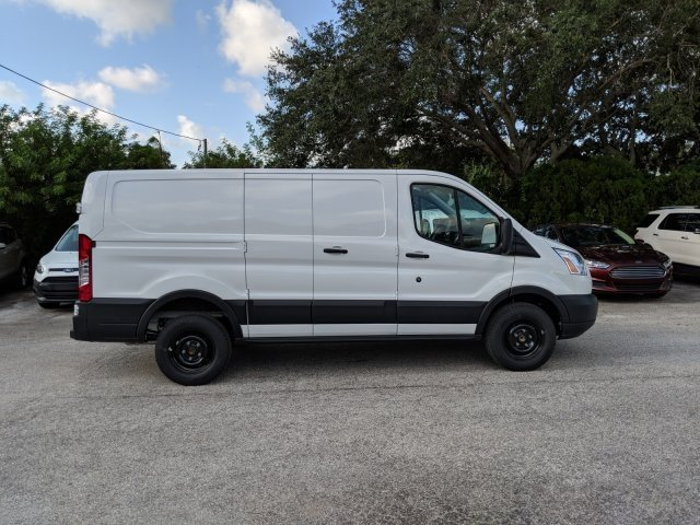 2018 Transit 250 Low Roof 4x2,  Empty Cargo Van #18F909 - photo 3