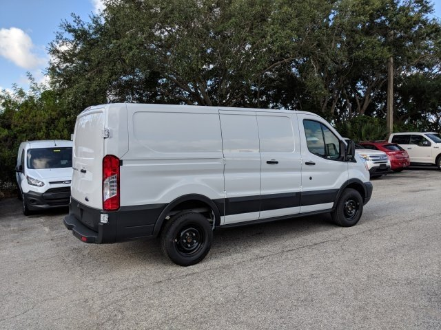 2018 Transit 250 Low Roof 4x2,  Empty Cargo Van #18F909 - photo 2