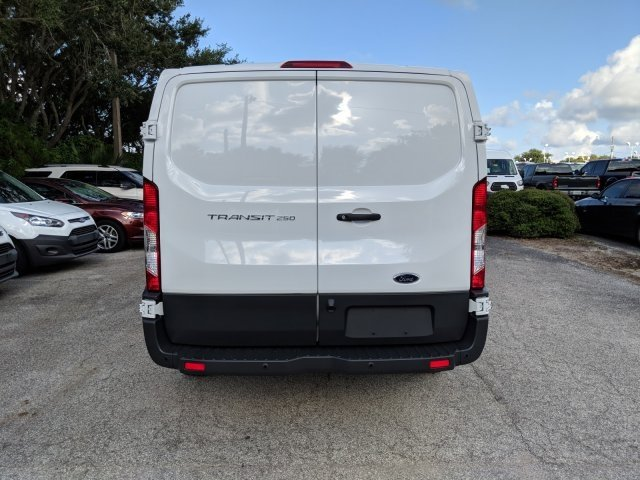 2018 Transit 250 Low Roof 4x2,  Empty Cargo Van #18F909 - photo 4